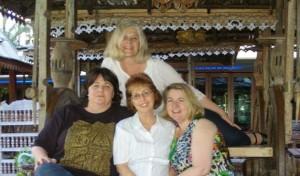 Rowena (back), Lindy, Sandy, Cheryse